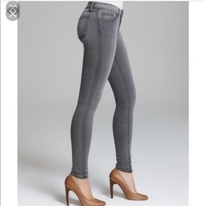 J Brand Photo Ready Super Skinny Grey 25